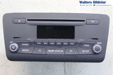 Radio CD / Multimediapanel - Audi A1 / S1 -12 8X0035160A  8X0035160A
