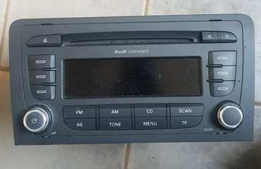 Radio CD / Multimediapanel - Audi A3, S3 -09 8P0035186P