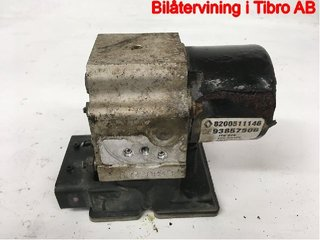 ABS Hydraulaggregat - Renault Trafic -07 15113903E 8200511146 93857506