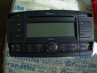 Radio CD / Multimediapanel - Skoda Octavia -05  VP4SBF18C815AF