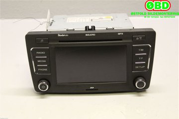 Radio CD / Multimediapanel - Skoda Octavia -09  1Z0035156F