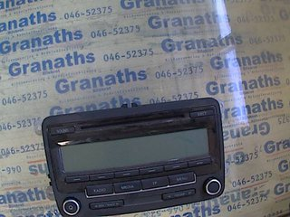 Radio CD / Multimediapanel - VW Passat -10 BP7647201360 1K0035186AA