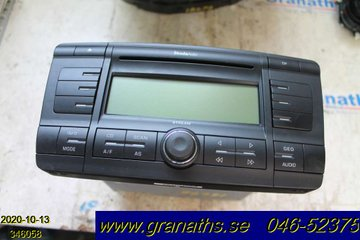Radio CD / Multimediapanel - Skoda Octavia -05  1Z0035161A 10R032432