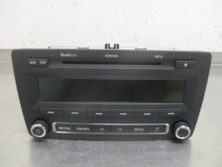 Radio CD / Multimediapanel - Skoda Octavia -11 1Z0035161G 7648258360 1Z0035156F