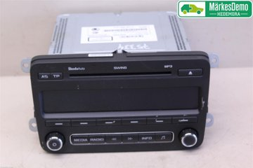 Radio CD / Multimediapanel - Skoda Fabia -11 5J0 035 161 D  5J0035161C