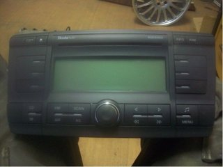 Radio CD / Multimediapanel - Skoda Octavia -06 1Z0035156B