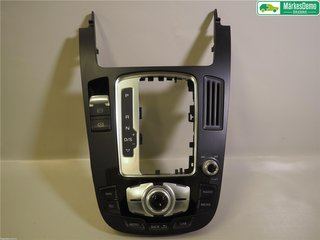 Radio / Stereo Sarg - Audi A4, S4 -15 8T0919611K  8T0919611K