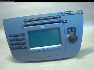 Radio CD / Multimediapanel - Seat Toledo -05 5P1035186  5P10351861GZ