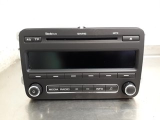 Radio CD / Multimediapanel - Skoda Roomster -11 5J0035161C 28289316 5J0035161C