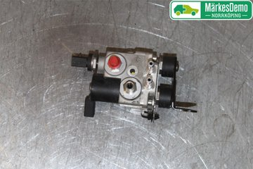 Vento TRW pasfits Interior 92 Borg /& Beck Steering Rack BTR4448 final L//R se adapta a VW Golf