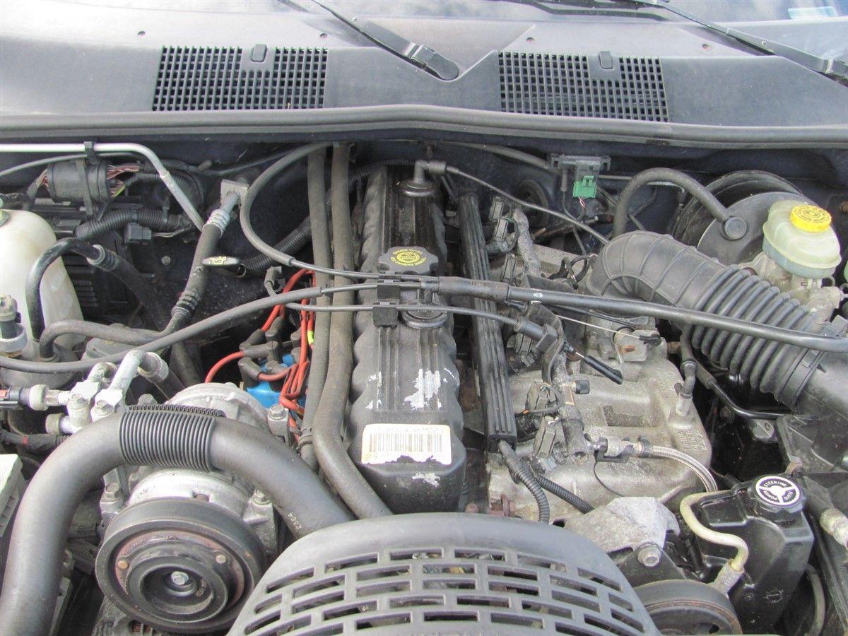 Ac Kondensor Kylare Jeep Grand Cherokee 95 W282096 Om Bilden Frestller Ett Fordon S Tnk P Att Det Kan Vara Demonterat Och Kanske Inte Existerar I Skick Som Visar